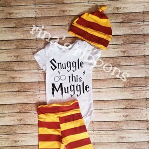 "Harry Potter ""Snuggle This Muggle"" baby set picture"