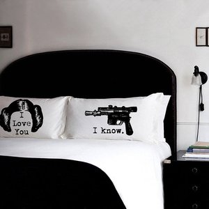 """I love you, I know"" Star Wars pillows picture"