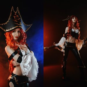 Miss Fortune cosplay costume picture