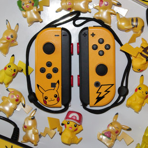 Custom Joy-Cons - Pikachu Edition picture