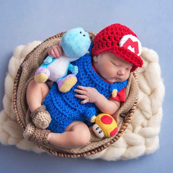 Newborn Mudkip Costume | Pokemon costumes, Baby pokemon, Newborn | 600x600